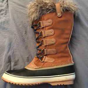 Sorel waterproof winter boots size 12 women